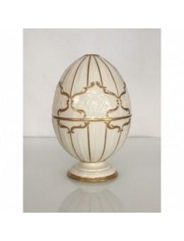 Uovo grande in porcellana e oro zecchino